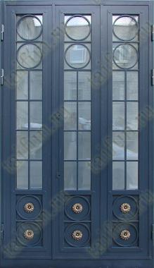 Дверь стальная двухстворчатая с элементами ковки и стеклопакетом