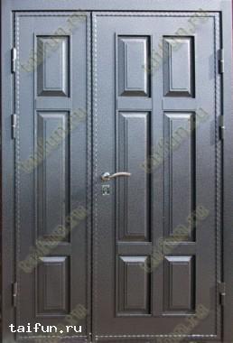Двухстворчатая металлическая дверь с металлофиленкой
